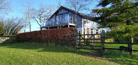 Beautiful Private Studio magnificent country Views