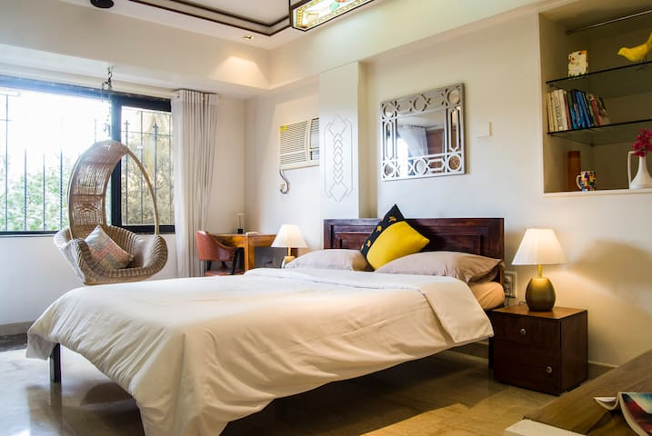 Sunny, Spacious & Lux - Bandra Area - Room 2