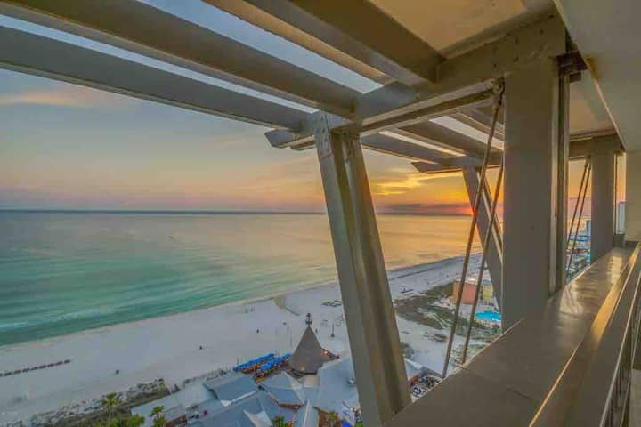 Sunset Gulf-View Private Balcony Great weekly rate