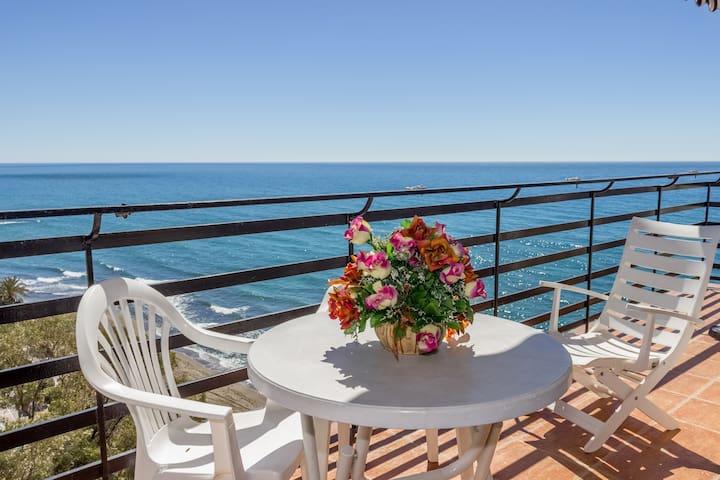 Bonito apartamento con terraza en Marbella