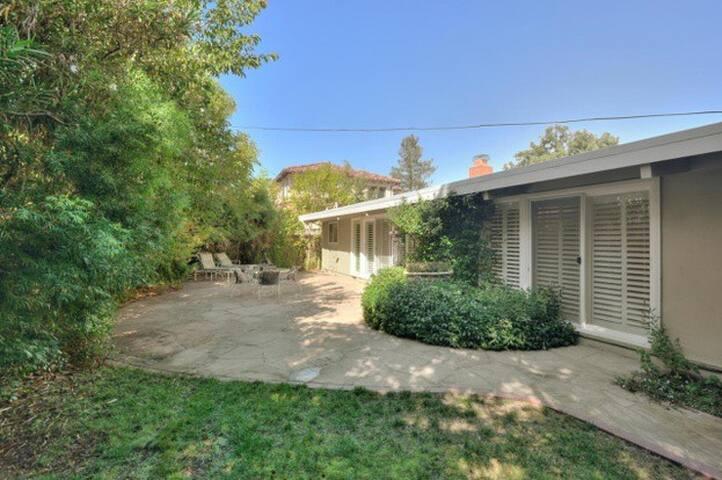 Palo Alto 4br/2ba house near