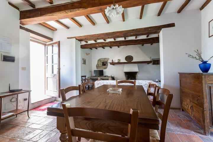 Angolo di Toscana: Case 3 - Palazzone - House