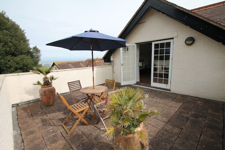 Vale View Apartment | Porlock Weir | Sleeps 4