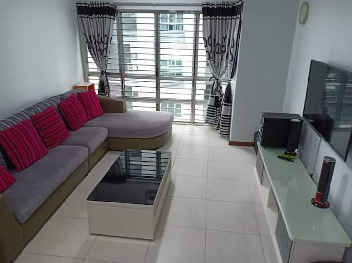 TSG Homestay Apartment L11-2 ~Pool View~