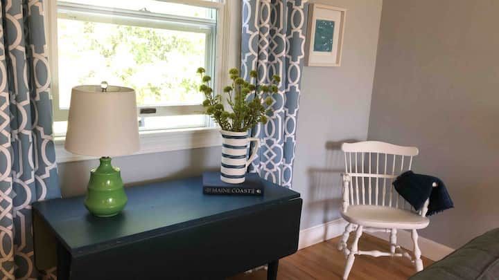 Sea Breeze Cottage in idyllic Castine Maine!