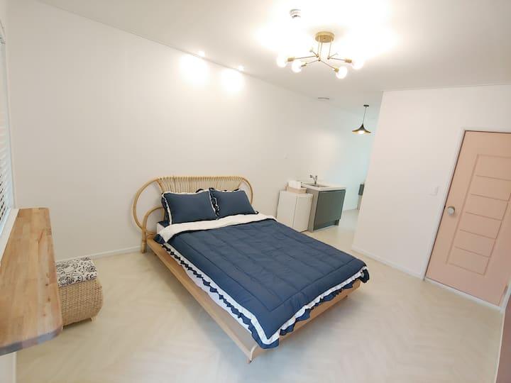 원주 또아리하우스 게스트하우스 2인실(최대4인)개인실.조식제공