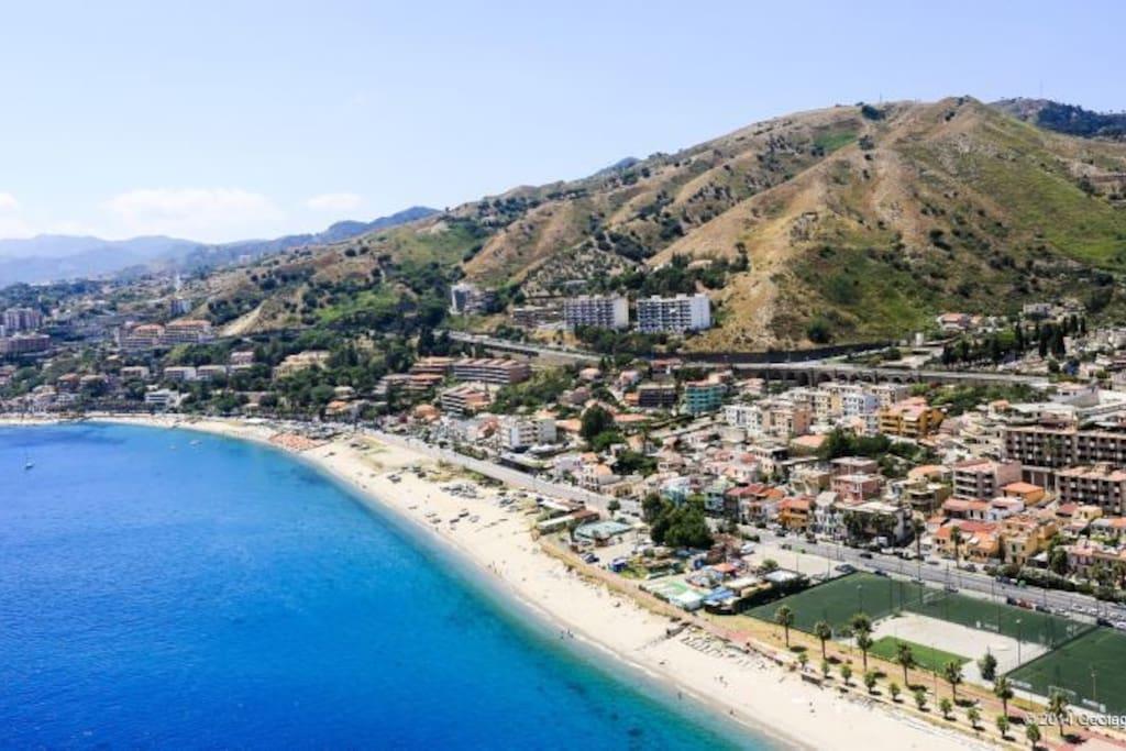 La riviera Nord di Messina ove è ubicata La casa di Pace.