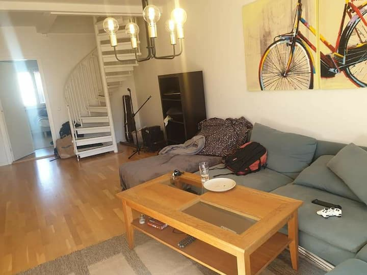 Furnished room in a charming 2 floors apartment 😊