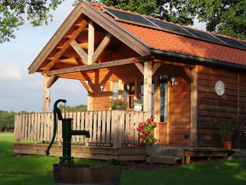 Lasonders place, landelijk gelegen met sauna.