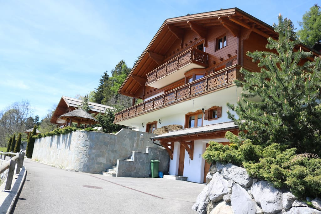 substantial chalet in chesi 232 res villars sur ollon chalets for rent in ollon vd switzerland