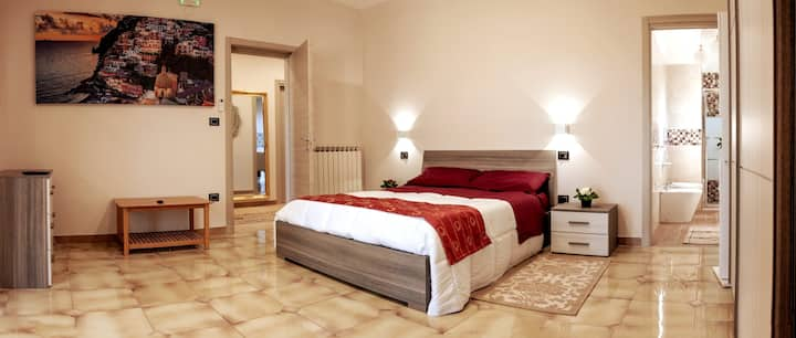 BETWEEN AMALFI AND POMPEI - ROOM SUPERIOR DELUXE