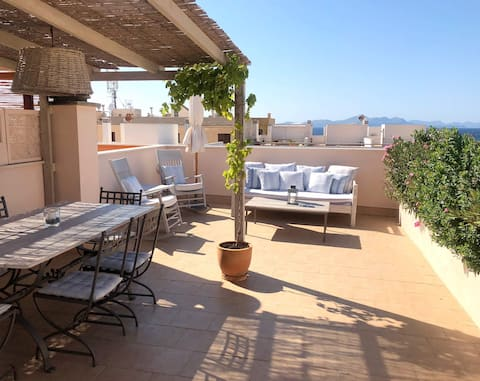 Casa Colonia, luxury with a seaview roof terrace