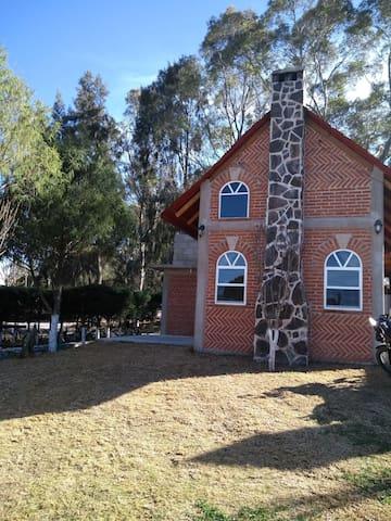 "CABAÑA MEDIANA en Huasca ""cabañas aguacatitla"""
