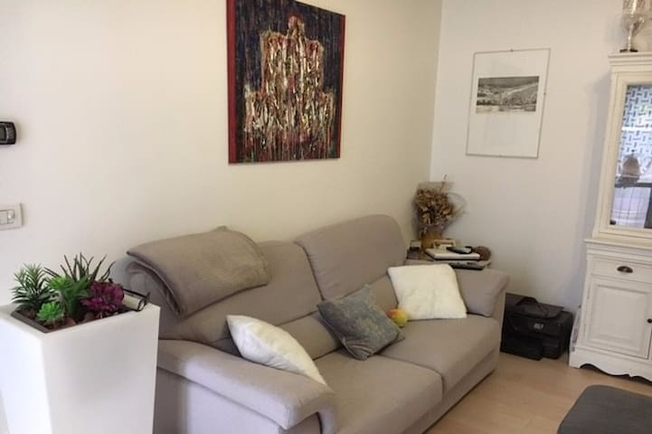 Da Ale & Huggy Central House - San Lazzaro di Savena - Apartment