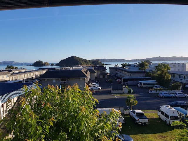 Paihia Beach Downtown Apartment
