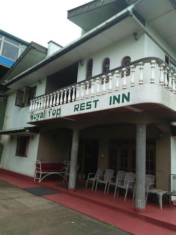 Royal Top Rest Inn - Haputale - Bed & Breakfast