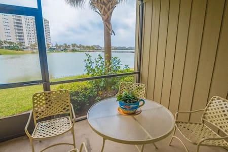Seascape Boardwalk Villas 176 Charming 1 Bedroom Villa With Ocean View - Miramar Beach