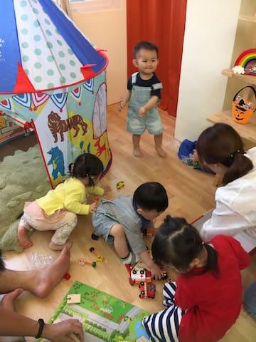 全室木質地板,孩子來玩開心父母也好放心