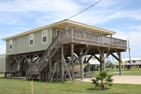 Cajun Castaway has a gulf and bay view in Grand Isle - Grand Isle - Hús