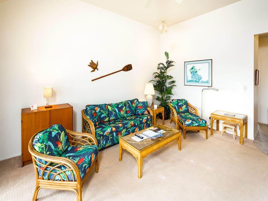 kaha-lani-1of-327-living-room-03.jpg