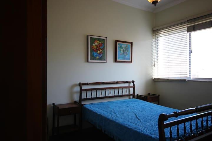Visconde 802 | Wi-fi | 2 bedrooms | 4 pax