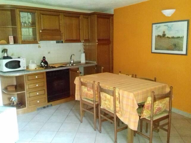 Cuisine/salle à manger/cucina/sala da pranzo