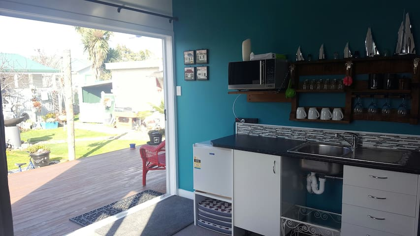 Unit on Parker, Private Studio close to town. - Blenheim - Apartamento