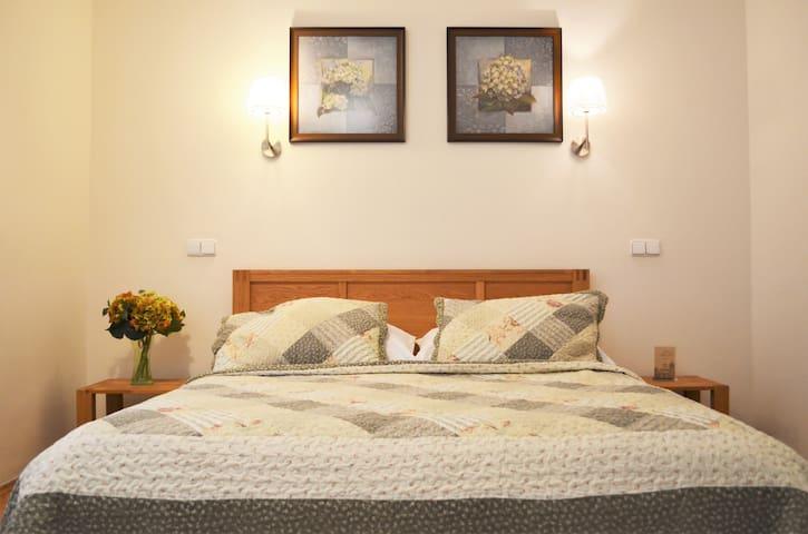 Comfortable Apartment Orebitska