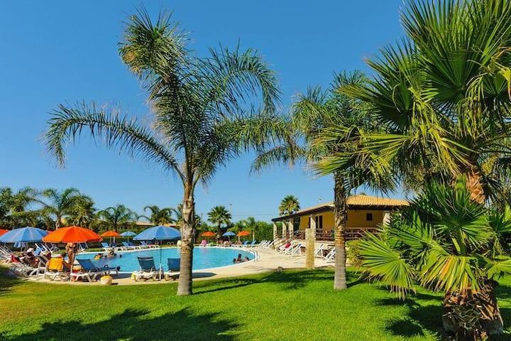 4 star holiday home in Campofelice di Roccella