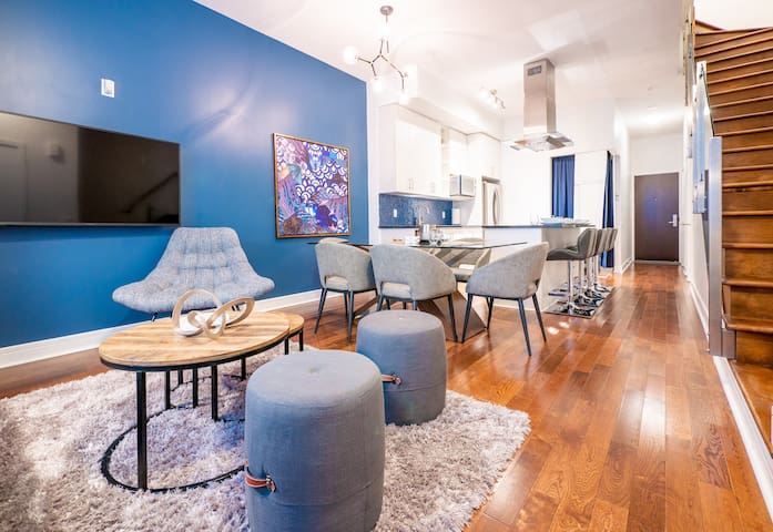 Toronto Luxury 3Bedroom Home 1 Parking - Sleeps 10