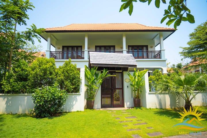 FURAMA Villas Danang 5*, 3BRs Private Pool, Beach