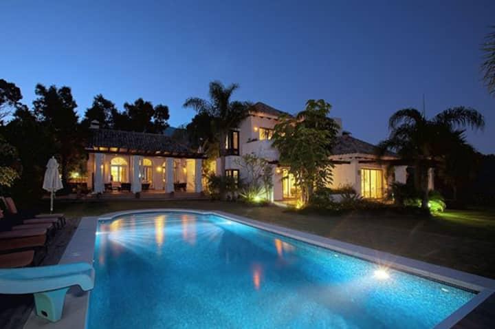 Impressive Luxury Golden Mile 6 Bed villa - RDR131