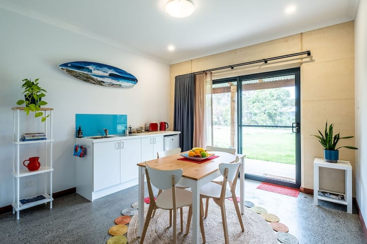 Sea~Song Escape BnB  Margaret River