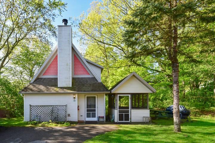 Goshorn Lake Cottage #18