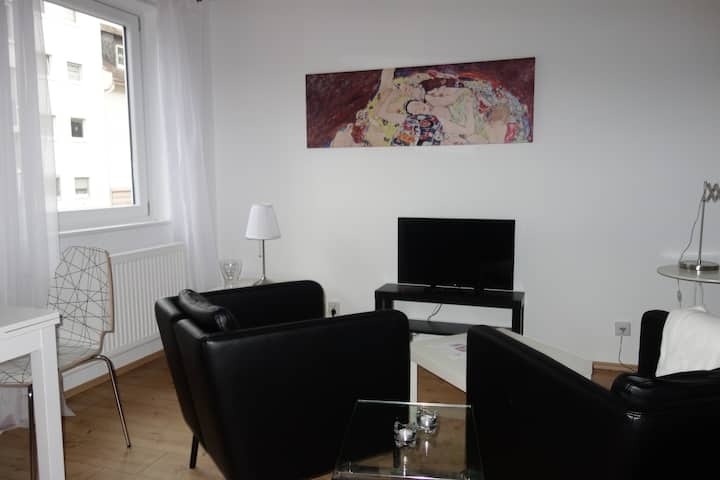 1-Zi-Appartment Nähe Stadtgrenze Frankfurt
