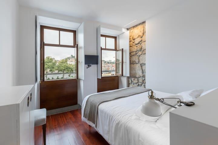 Goabio apartment 2A riverview