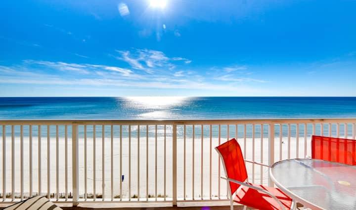 Beachfront luxury - Majestic, BEACH SERVICE incl!