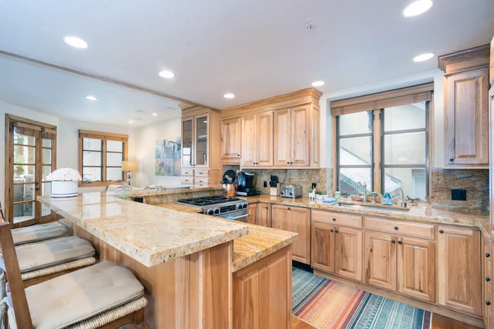 Enjoy Incredible Views from the Decks of this Mountain Village Townhome Which is Just Steps to the Gondola