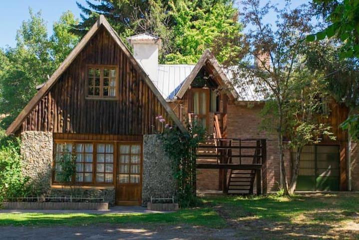 La Casa Austral