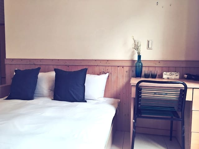 Taichung Woowow House/ Double Room