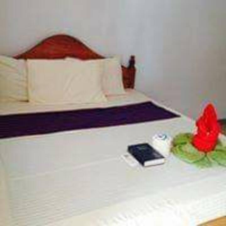 AMS BEACH RESORT -->Suite Room 3