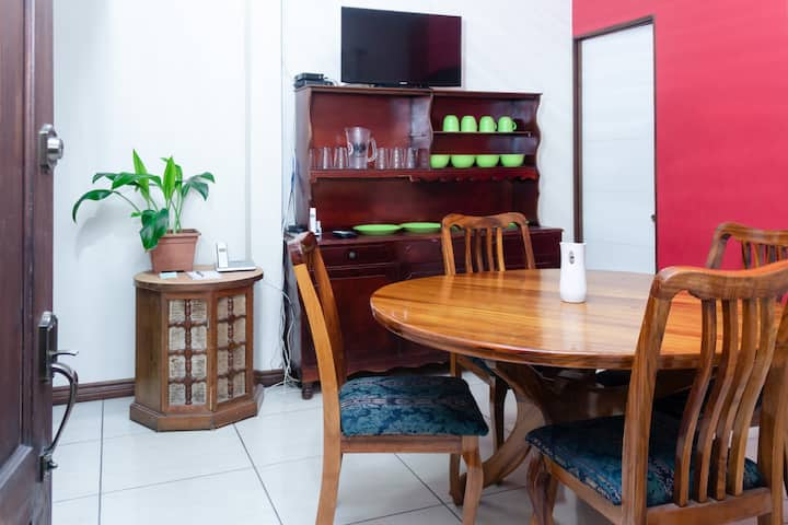 New apartment in Heredia, in the city center.