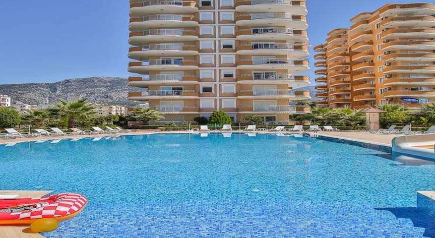 Luxury apartments in CEBECI 8 2+1 0 m to see
