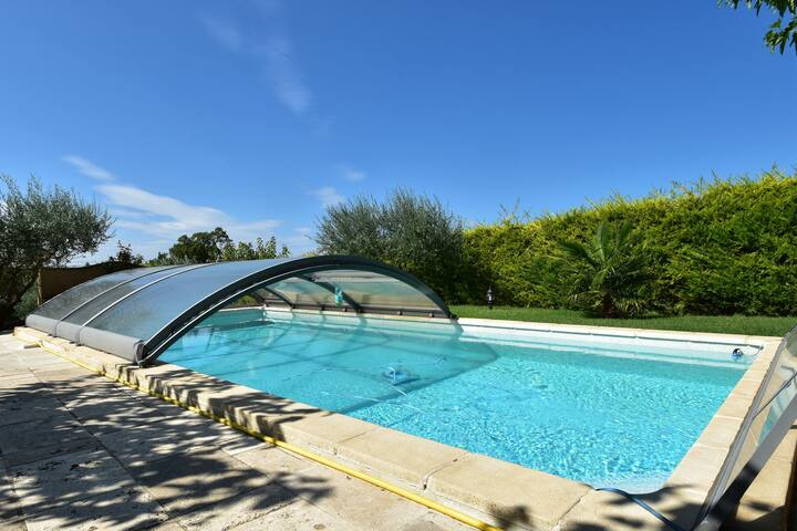 Stunning Villa near Regusse with Private Swimming Pool