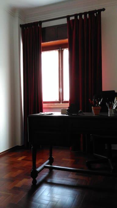 Study (desk)