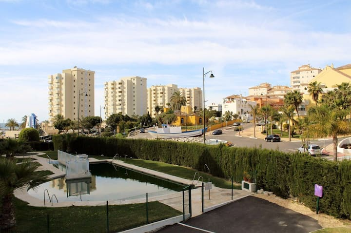 Fantástico apartamento frente al Pto de Estepona