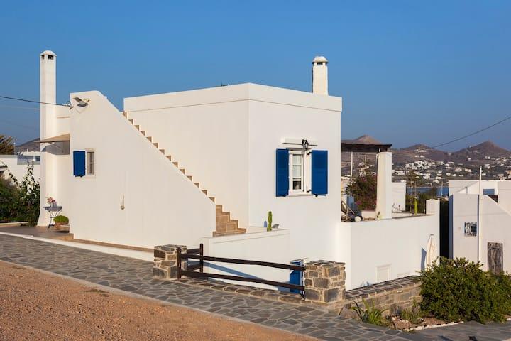 Villa UTOPIA. Family retreat with sea view.