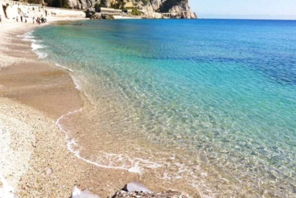 Crystal waters in Pietra Ligure