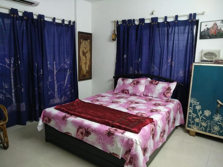 Room 2 - double bed room, with private balcony