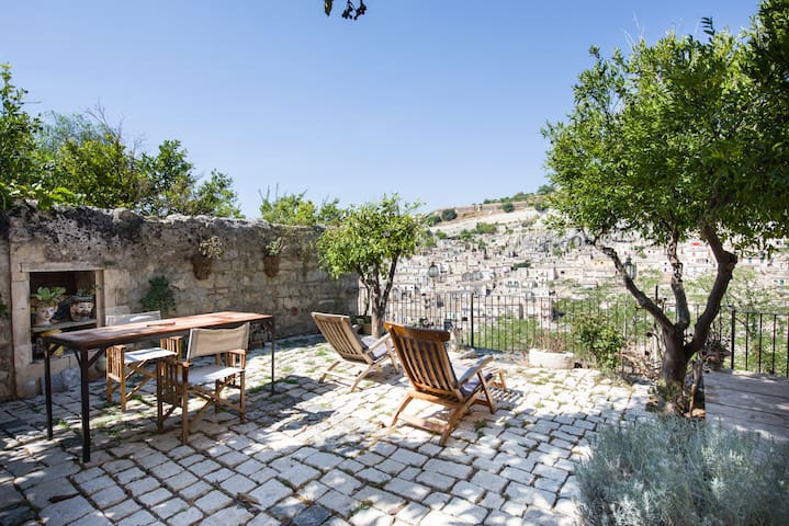 Garden house in the heart of Modica